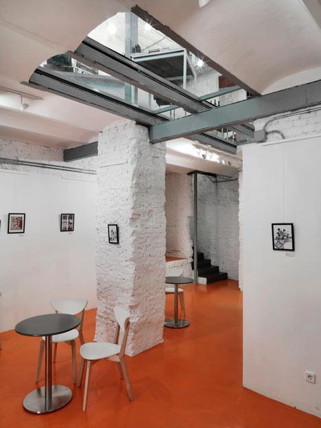 Book and Coffeshop in Madrid bu MYCC