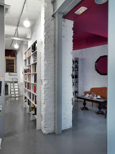 Book-and-Coffeshop-in-Madrid-bu-MYCC