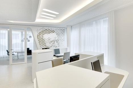 Open Lounge by NAU