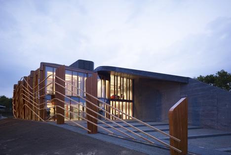 Rijkswaterstaat Assen by 24H architecture