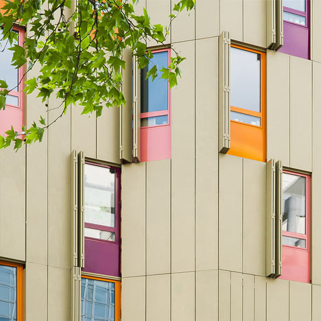 Housing and gallery on Bastille Place by Plan01