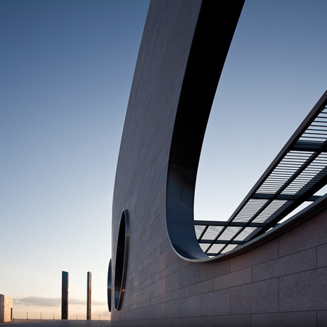 Champalimaud Foundation by Charles Correa