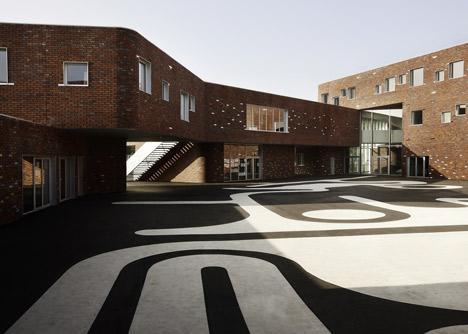 College Levi-Strauss by Tank Architectes