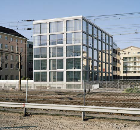 ECA-OAI Office Building by Personeni Raffaele Scharer Architects