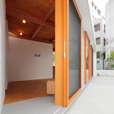 Kokura Tanaka House by Akinari Tanaka+POI+Nawakenjimu+Lapin