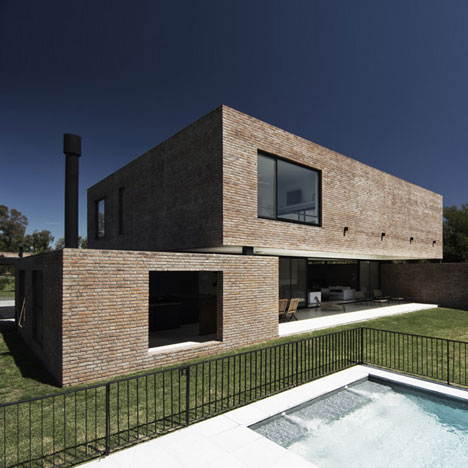 MYP House by Estudio BaBO