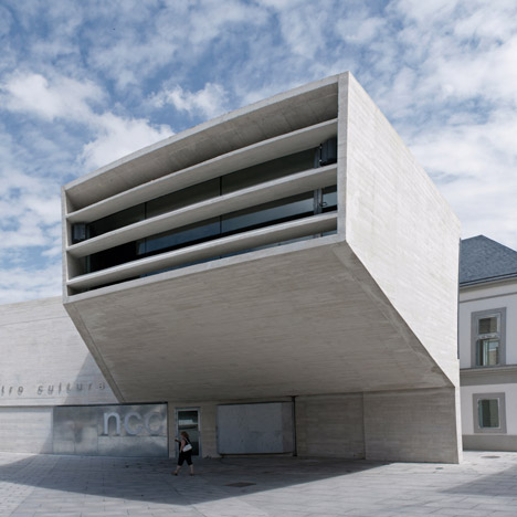 New Cultural Centre by Fündc