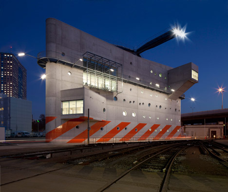 RATP Formation Centre by Stephane Maupin