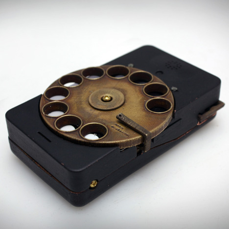 Rotary Mechanical Smartphone