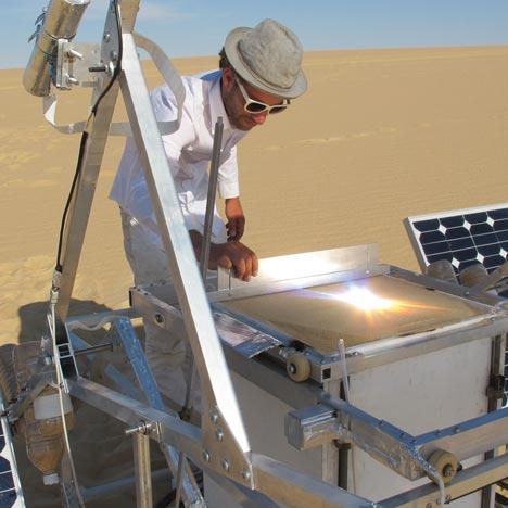 Dezeen Screen: The Solar Sinter by Markus Kayser