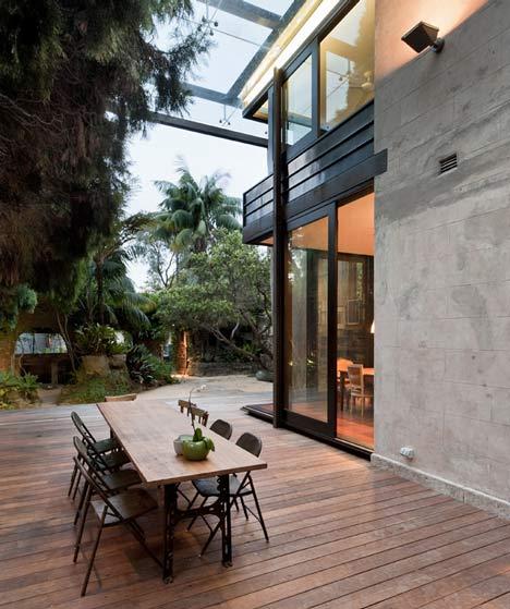 Glass loggia house by allen jack cottier vladimir sitta for Garden loggia designs