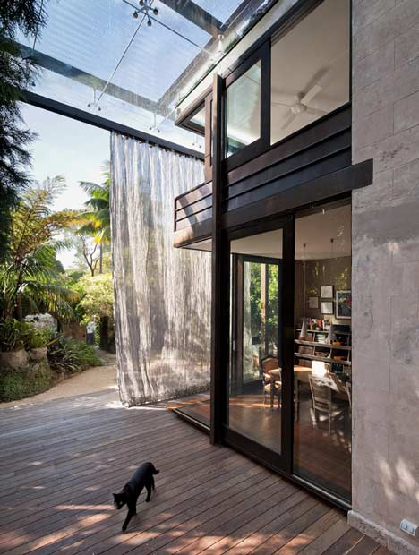 Glass Loggia House by Allen Jack+Cottier, Vladimir Sitta and Belinda Koopman