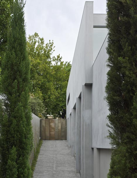 House 20 by Jolson
