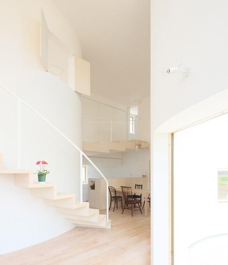 House in Kitakami by Nadamoto Yukiko Architects