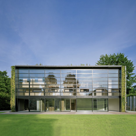 House in the outskirts of Brussels by Samyn and Partners