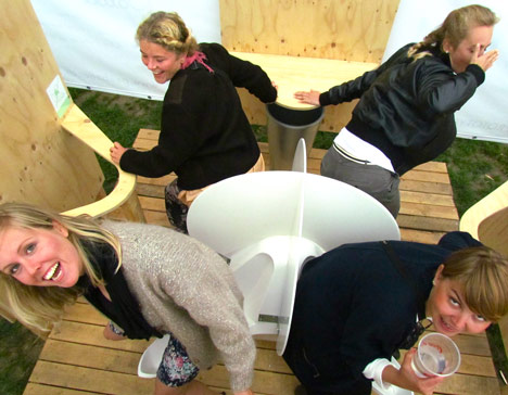 Party peeing potty squat toilet