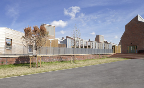 Sandal Magna Community Primary School by Sarah Wigglesworth Architects