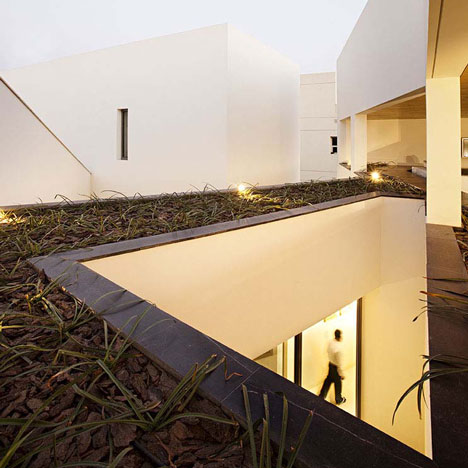 Secret House by AGi Architects