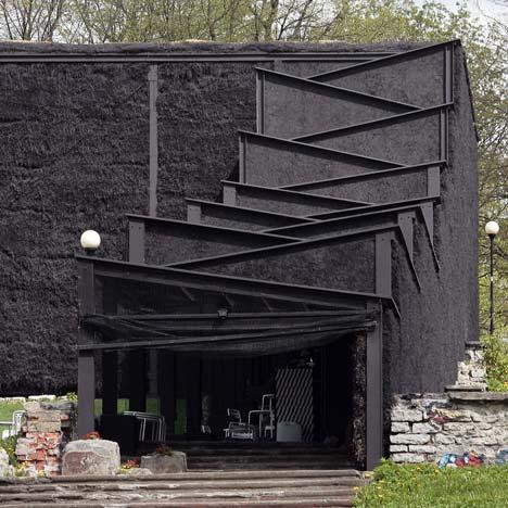 NO99 Straw Theatre by Salto Architects