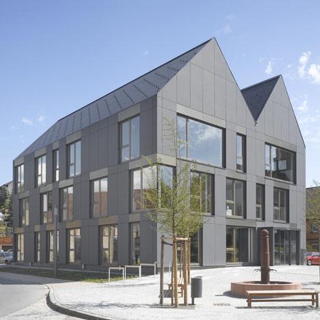 Townhall Schefflenz by Glück+Partner