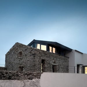 Cabrela House by Orgânica Arquitectura
