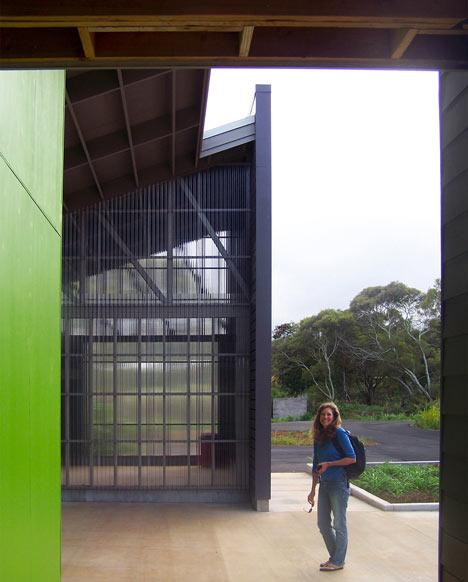 Hawaii Wildlife Centre by Ruhl Walker Architects