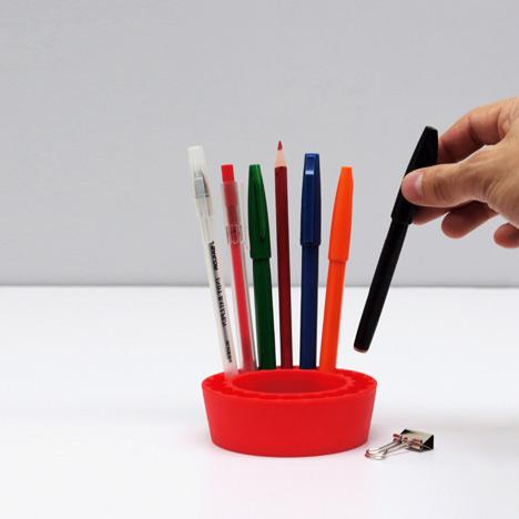 Pen Pal by Oscar Diaz for Doiy