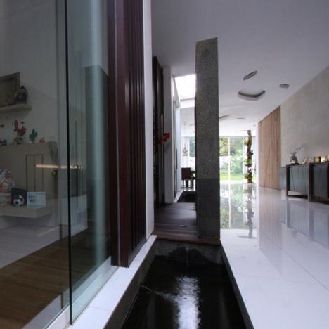R House By Budi Pradono Dezeen