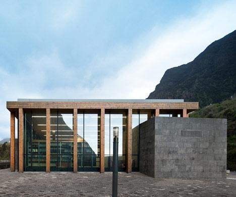 Registrar Office of St Vicente by Duarte Caldeira