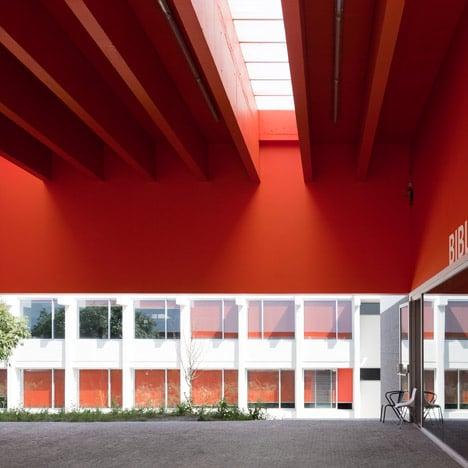 Garcia D'Orta Secondary School by Bak Gordon