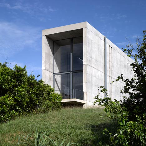 House in Sri Lanka by Tadao Ando photographed by Edmund Sumner ...