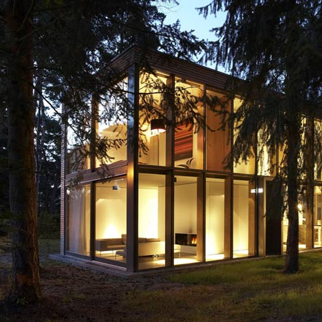 Minimumhouse by Scheidt Kasprusch Architekten