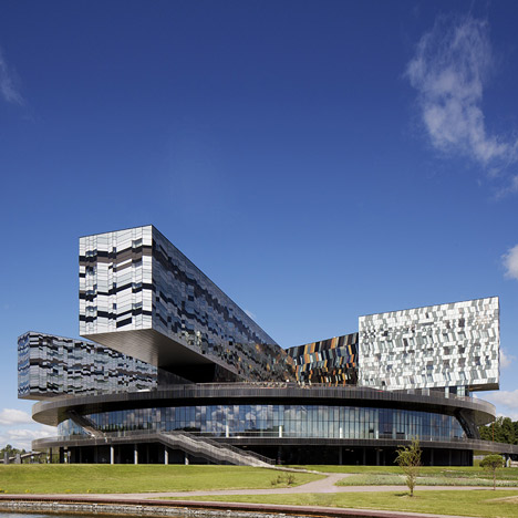 Moscow School of Management Skolkovo by Adj