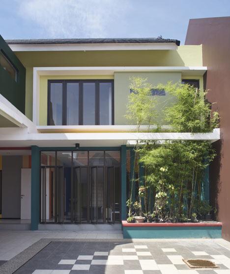 Officer House by Gayuh Budi Utomo