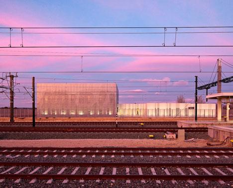 Railway Control Centre by Moreno del Valle Arquitectos