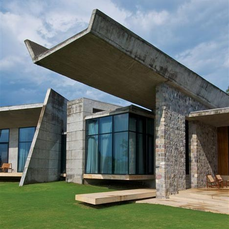 Rishikesh House by Rajiv Saini + Associates