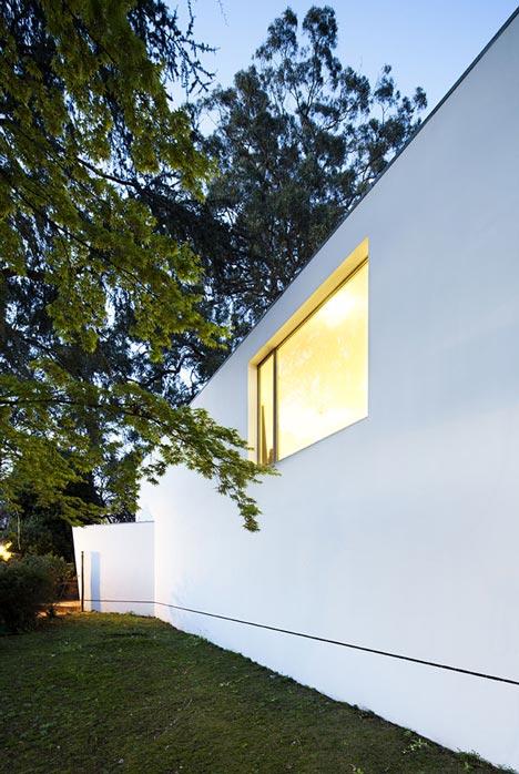 Carlos Ramos Pavilion by Álvaro Siza
