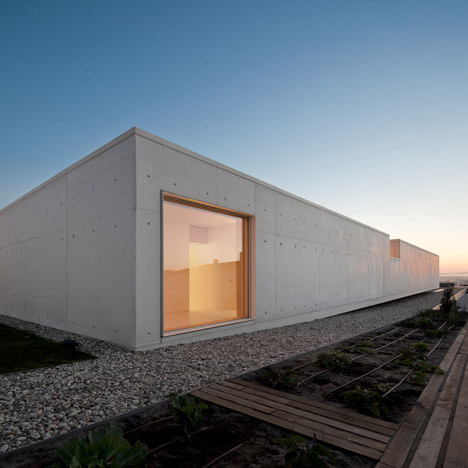 House in Leiria by ARX