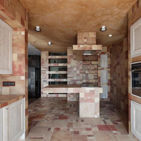 Multi-level apartment by Peter Kostelov