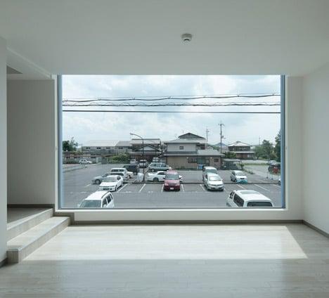 on the corner eastern design feel desain. Black Bedroom Furniture Sets. Home Design Ideas