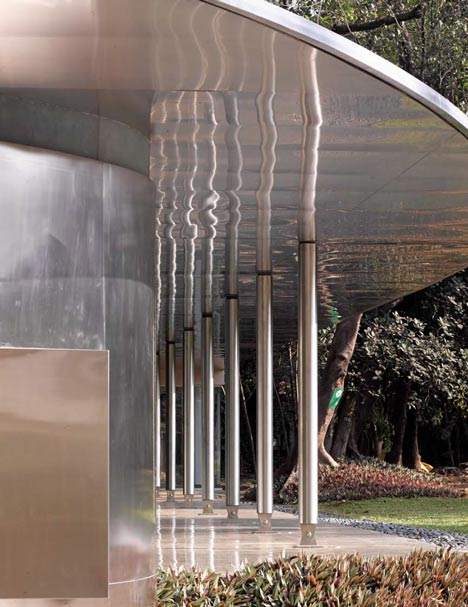Prince of Wales Visitors Centre by RMA Architects
