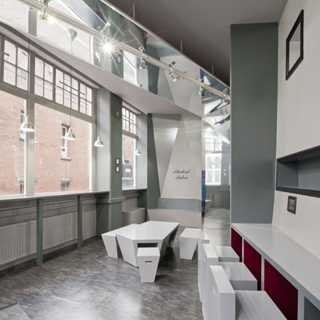 Student Salon by Feix & Merlin