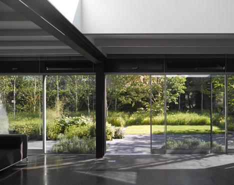 Hampstead Lane by Duggan Morris Architects