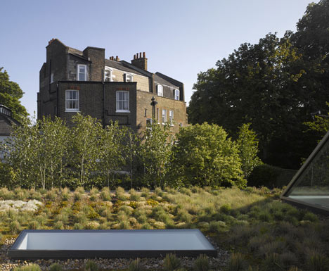 Hampstead Lane by Duggan Morris Architects