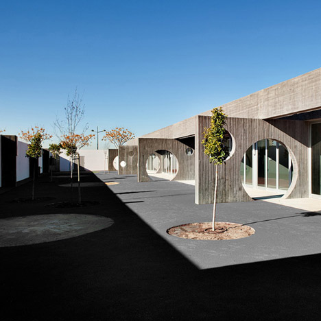 Pio Baroja Nursery by Rstudio