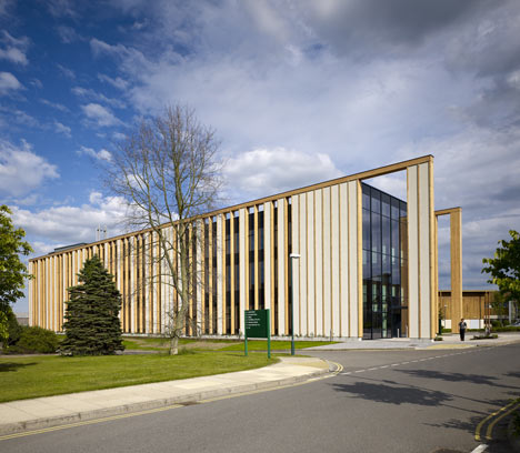 University of Nottingham Gateway Building by Make
