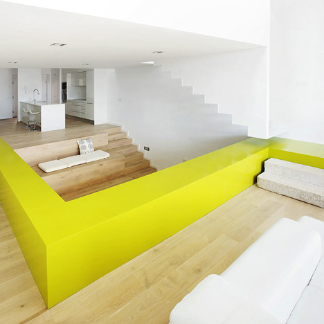 House-in-Casavells-by-05-AM-arquitectura
