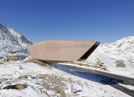 Museum by Arch. Werner Tscholl