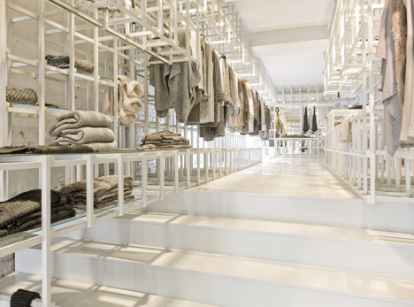 Stills Flagship Store by Doepel Strijkers
