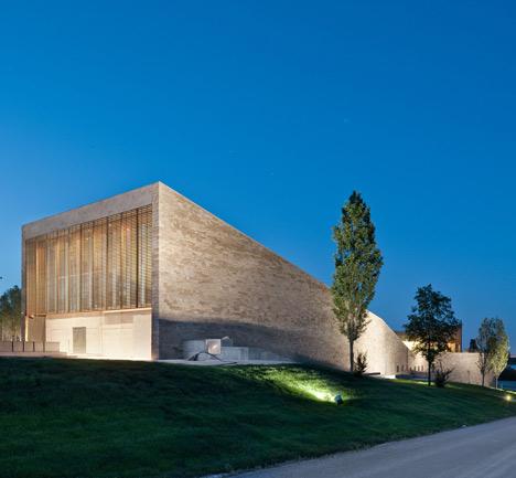 Bodega-La-Grajera-by-Virai-Arquitectos